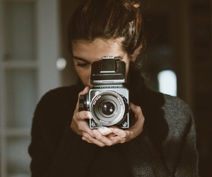 vintage, camera, and girl image