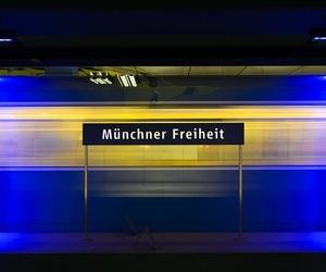 munchen, liebe, and bahnhof image