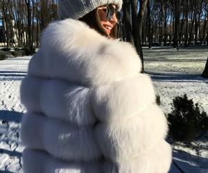 fur coat, glasses, and meninas image