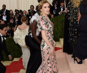 zoey deutch, met gala, and celebrity image