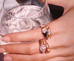 aesthetic, vintage, and diamond image
