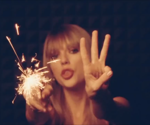 era, red, and taylor image