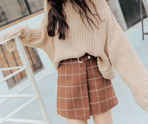 asian girl, brown, and kfashion image