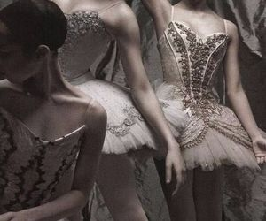 art, ballerinas, and dance image