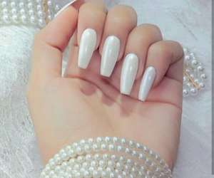amazing, nails, and pearl image
