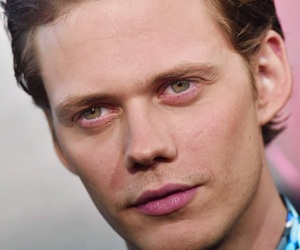 actor, bill skarsgård, and roman godfrey image