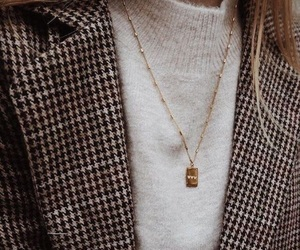 casual, gold, and jewels image