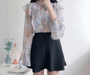asian fashion, somedays, and blouse image