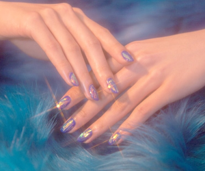 aesthetic, glitter, and nails image