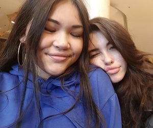 madison beer, best friends, and theme image