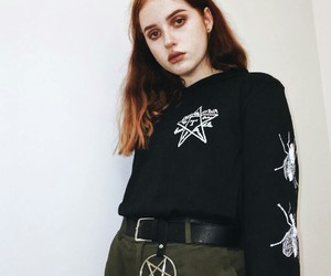 girl, goth, and grunge image