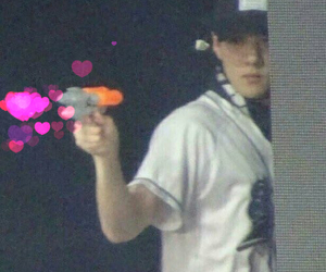 exo, hearts, and meme image