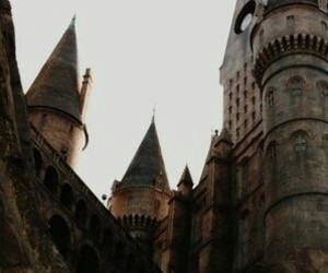 hogwarts, harry potter, and gryffindor image