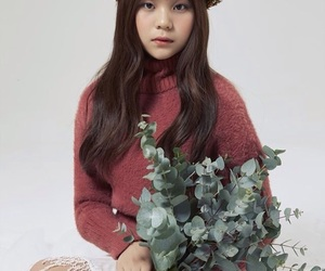 gfriend, kpop, and yewon image