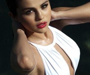 selena gomez, girl girly lady, and luxury luxurious glam image