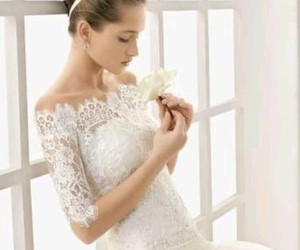 beutiful, dress, and flower image