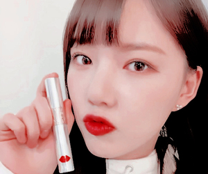 red lips, gfriend, and kpop icon image