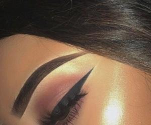 beauty, eyelashes, and eyeshadow image