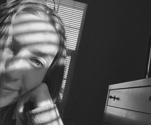 artsy, girls, and sun image