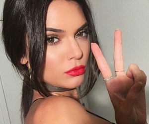 kendall jenner, girl girly lady, and alternative vintage image