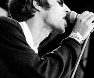 90s, b&w, and liam gallagher image