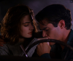 couple, kiss, and Twin Peaks image