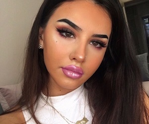 fashion style, baddie baddies, and eyebrows brows image