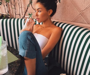 madison beer and theme image