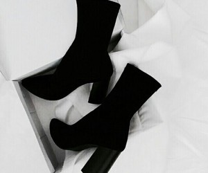 fashion, black, and boots image