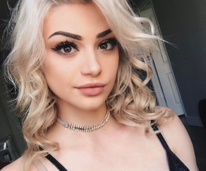 blonde, hair, and kristen image