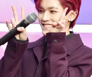 kpop, red hair, and taeyong image