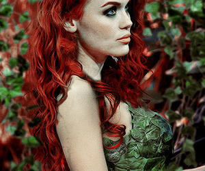 poison ivy and holland roden image