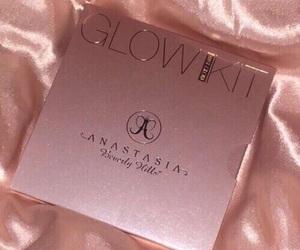 makeup, rose gold, and pink image