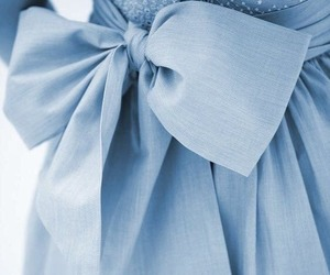 blue and bow image