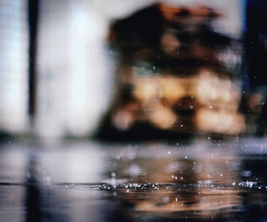 blur, water, and puddle image