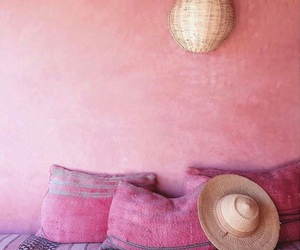 cozy, fucsia, and pillows image
