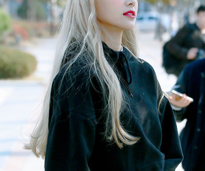 oec, 진솔, and jinsoul image