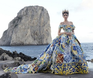 crown, dolce and gabbana, and Queen image