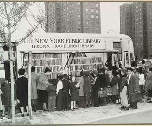 library and new york image