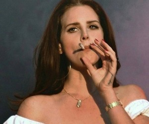lana del rey, cigarette, and grunge image