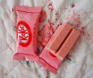 japan, kitkat, and candy image