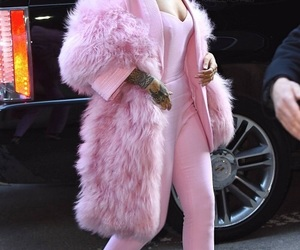 rihanna, pink, and fashion image