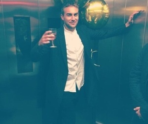 the royals and tom austen image