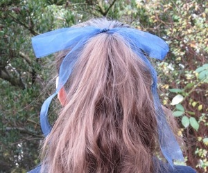 alice in wonderland, nature, and ponytail image