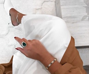 abaya and marziyeesarp image