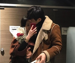 couple, korean, and flowers image