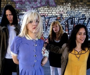 hole and Courtney Love image