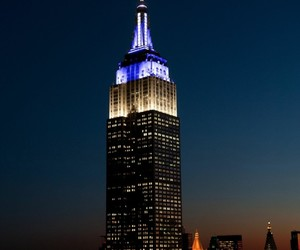awesome, nyc, and blue nd white image