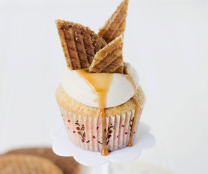 caramel, cream, and cupcakes image