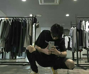 boy, ulzzang, and aesthetic image